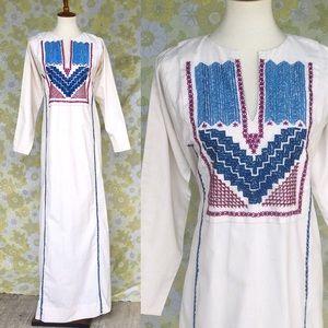 Vintage🔮60s/70 Boho Embroidered Caftan/Maxi Dress